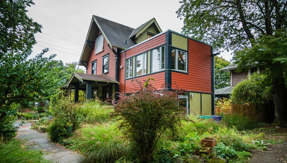 A small accessory dwelling unit—known as an ADU—is attached to an older single-family home in a Portland, Oregon, neighborhood. Courtesy of Kol Peterson